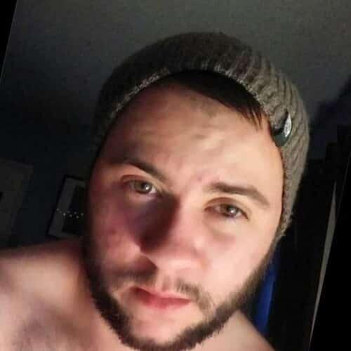 Je suis un homme barbu versatile